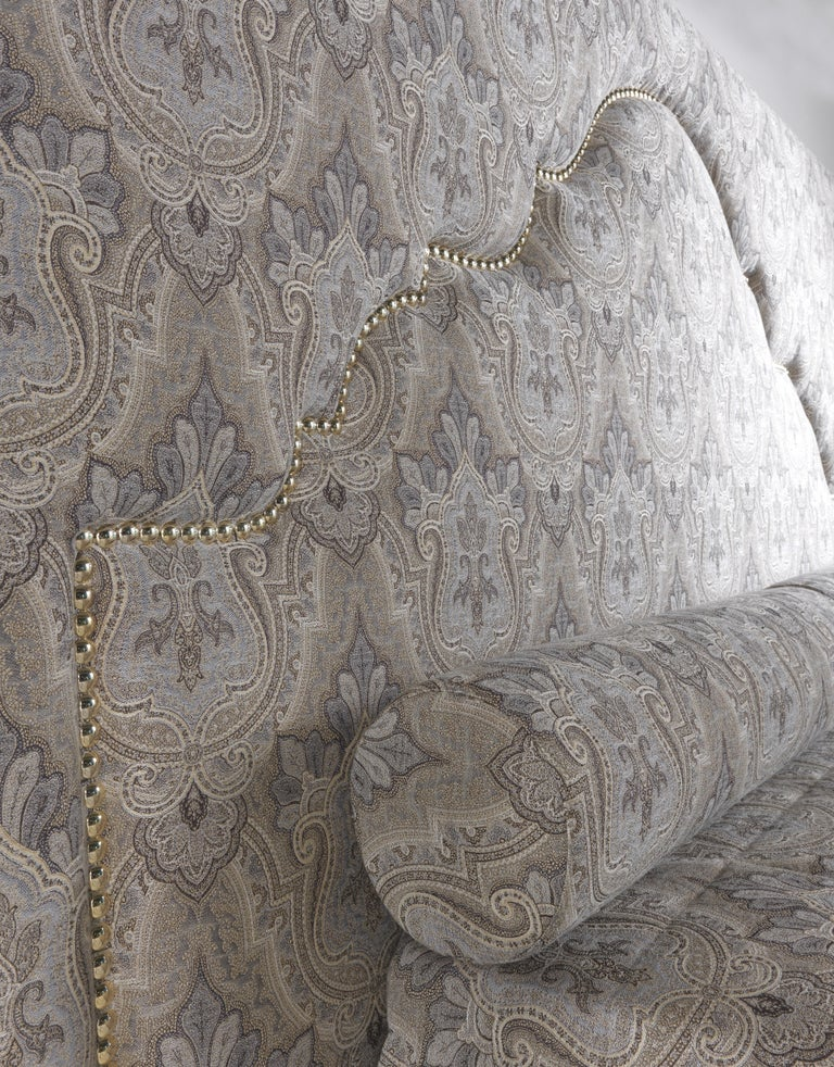 Etro Bombay Bed in Wood and Light Paisley For Sale 2