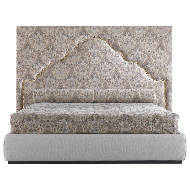 Etro Bombay Bed in Wood and Light Paisley For Sale