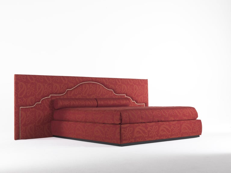 Modern Etro Bombay Extra Large Bed in Wood and Red Paisley For Sale