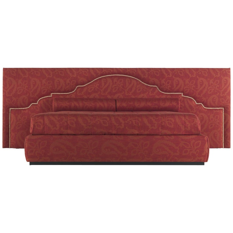 Etro Bombay Extra Large Bed in Wood and Red Paisley For Sale