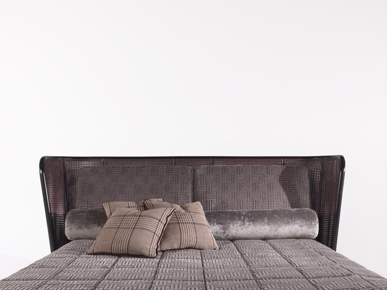 Polished Etro Caral Bed in Wood and Velvet For Sale