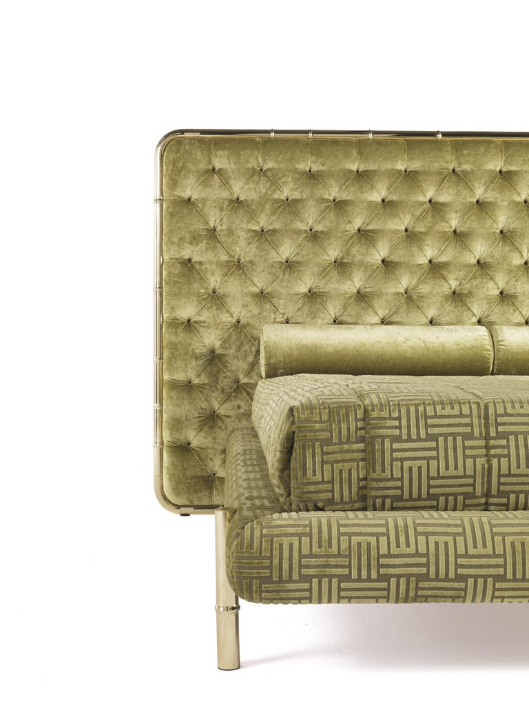 Modern Etro Delfi Bed in Velvet and Polished Brass For Sale