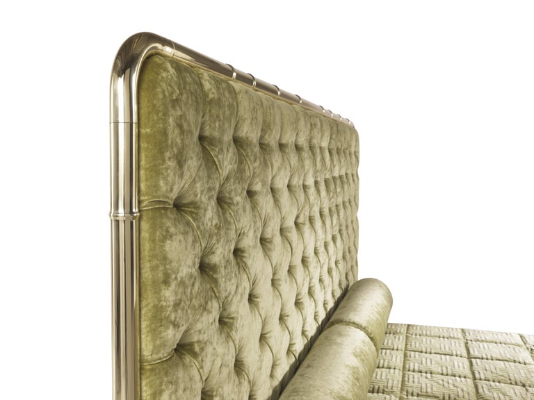 Contemporary Etro Delfi Bed in Velvet and Polished Brass For Sale