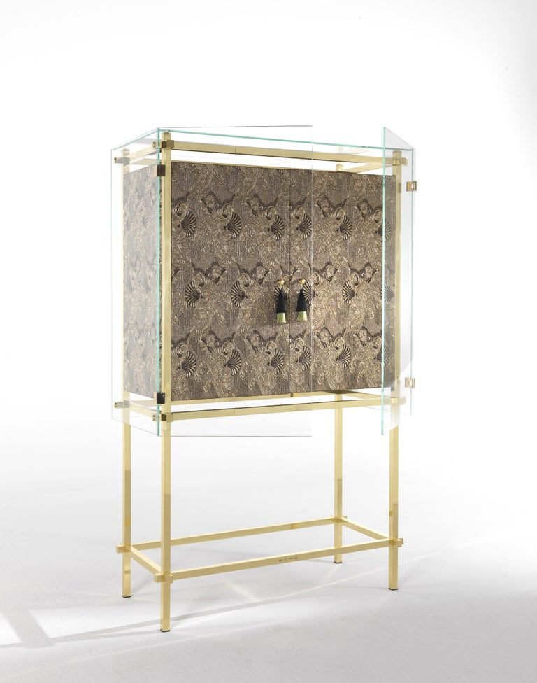Etro Delhi Cabinet in Wood and Polished Brass In New Condition For Sale In Cantu, IT