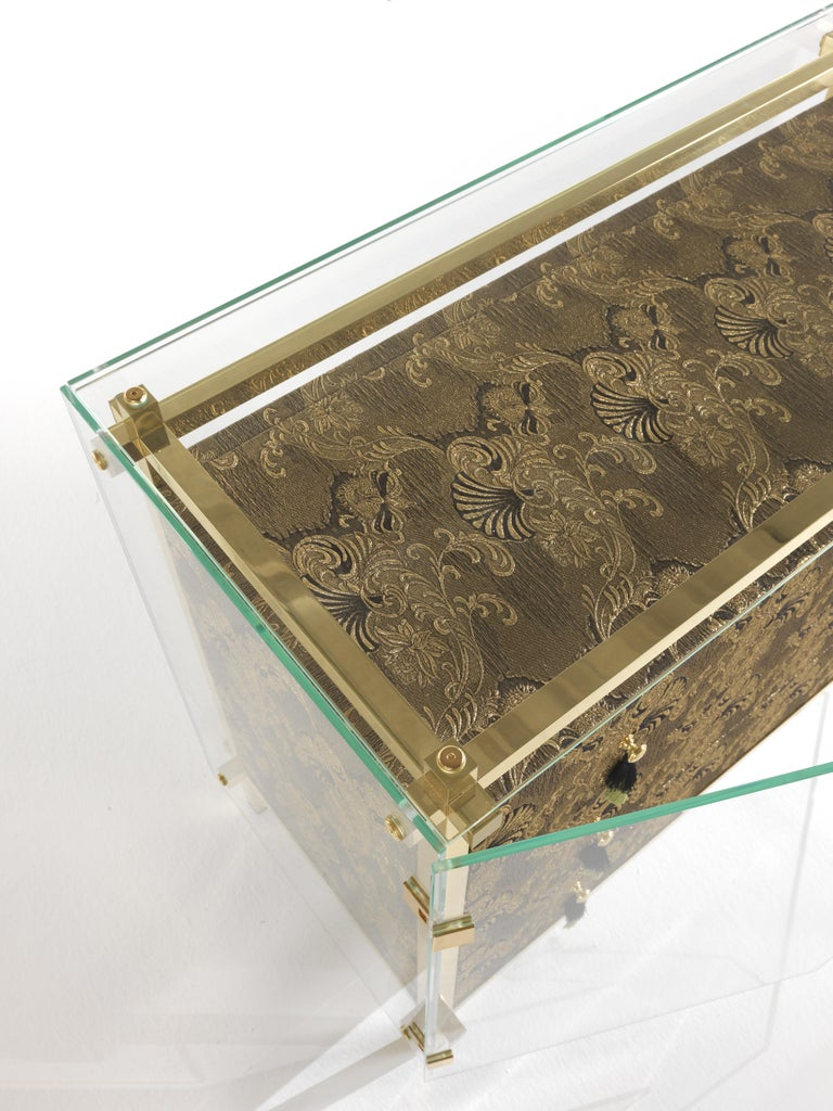 Etro Delhi Chest of Drawers in Wood, Dark Paisley and Polished Brass In New Condition For Sale In Cantu, IT