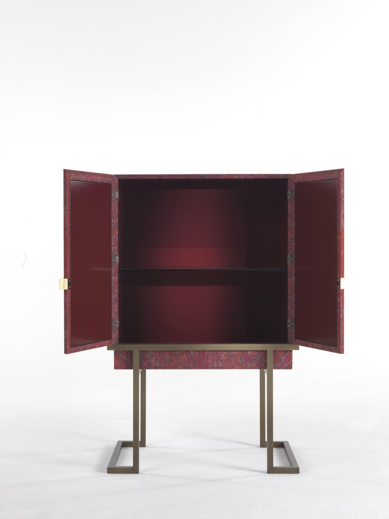 Etro Kolkata Cabinet in Wood and Metal In New Condition For Sale In Cantu, IT