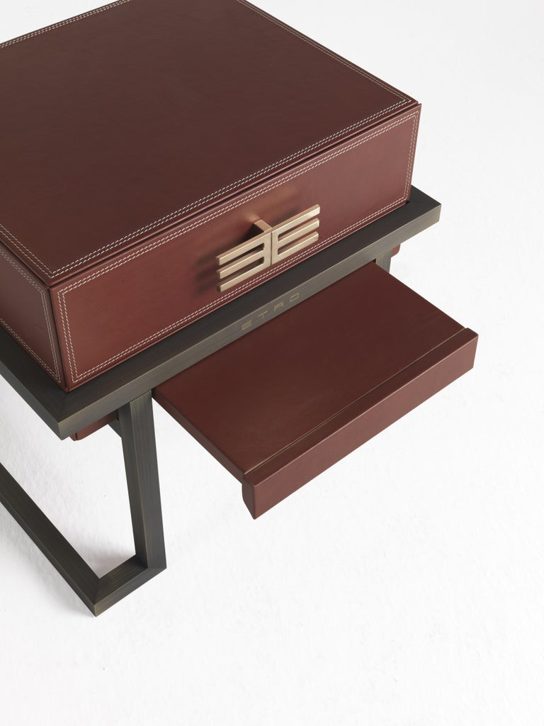 Etro Kolkata Night Table in Metal and Leather In New Condition For Sale In Cantu, IT
