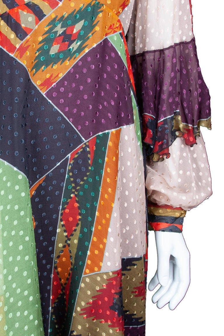 Etro Runway Long Sleeve Multicolor Print Silk Midi Dress Size 42 In New Condition For Sale In Paradise Island, BS