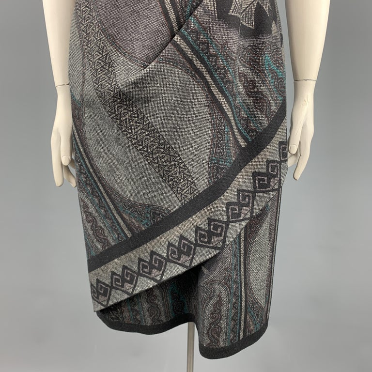 ETRO Size 12 Grey Printed Wool Blend Sleeveless Drape Shift Dress In Excellent Condition For Sale In San Francisco, CA