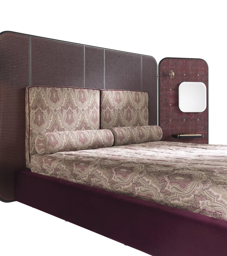 Modern Etro Timgad Bed in Wood and Paisley Print For Sale