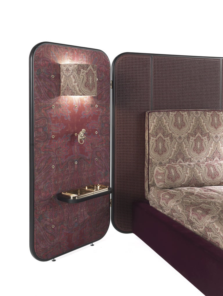 Contemporary Etro Timgad Bed in Wood and Paisley Print For Sale