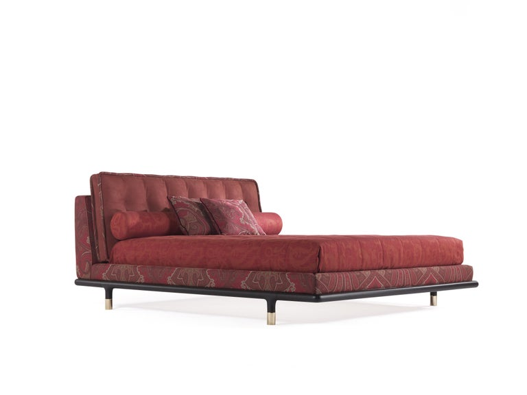 Modern Etro Woodstock Bed in Wood, Red Paisley and Brass For Sale