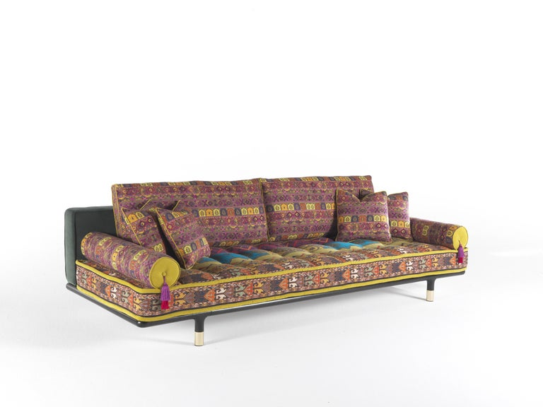 Modern Etro Woodstock Carnival 4-Seat Sofa in Fabric and Wood For Sale