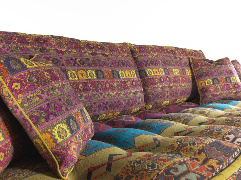 Etro Woodstock Carnival 4-Seat Sofa in Fabric and Wood For Sale 1