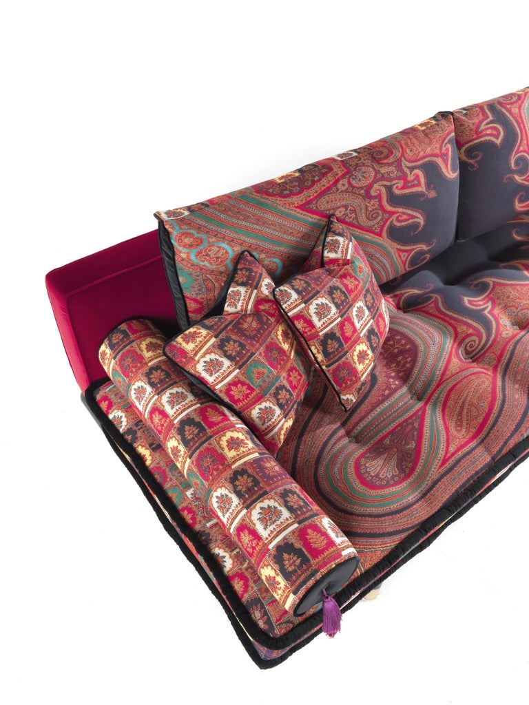 Etro Woodstock Mountain 4-Seat Sofa in Velvet and Wood In New Condition For Sale In Cantu, IT
