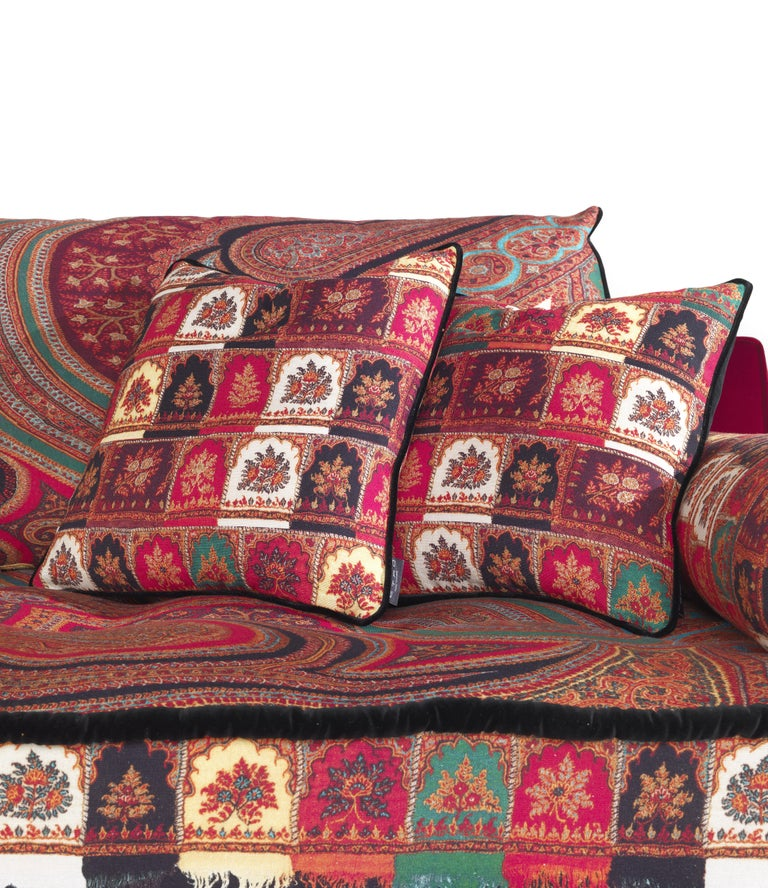 Etro Woodstock Mountain 4-Seat Sofa in Velvet and Wood For Sale 2