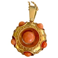 Etruscan Coral Cabochon 18 Karat Gold Locket Pendant and 14 Karat Gold Chain