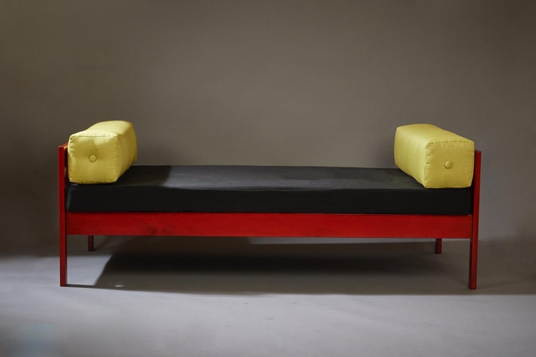 Ettore Sottsass Daybed, Red Lacquered Wood, Chartreuse Upholstery, Italy c. 1962 For Sale 2