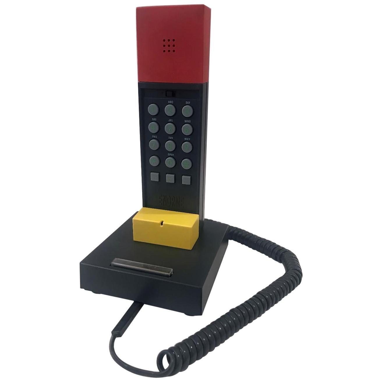Ettore Sottsass Enorme Telephone