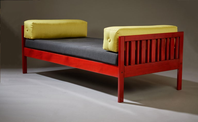 Italian Ettore Sottsass Daybed, Red Lacquered Wood, Chartreuse Upholstery, Italy c. 1962 For Sale