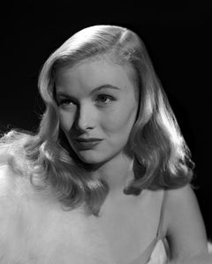 Veronica Lake with Sly Smile Movie Star News Fine Art Print