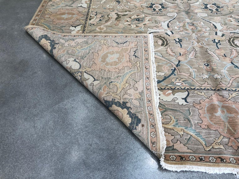 European Design Floral Rug In Excellent Condition For Sale In Los Angeles, CA