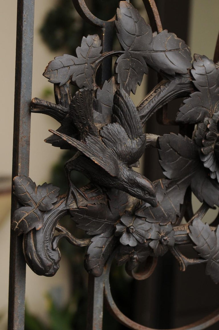 European Hand Carved Wall Decor with Fox Head and Foliage, circa 1900 For Sale 5