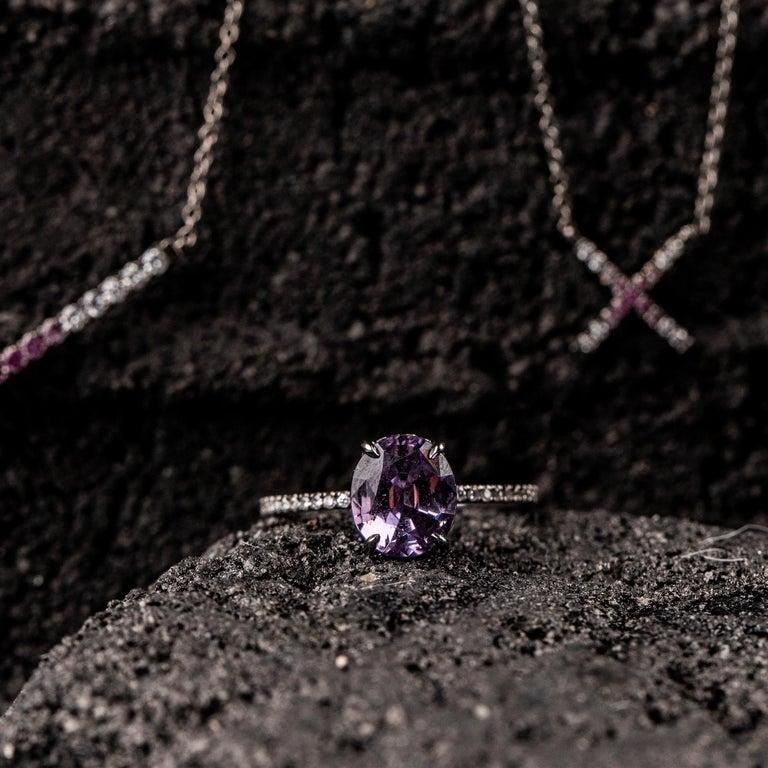 Contemporary Eva Fehren 2.03 Carat Lavender Spinel Ring in 18 Karat Blackened White Gold For Sale