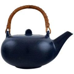 Eva Stæhr-nielsen for Saxbo, Teapot in Glazed Ceramics with Handle in Wicker