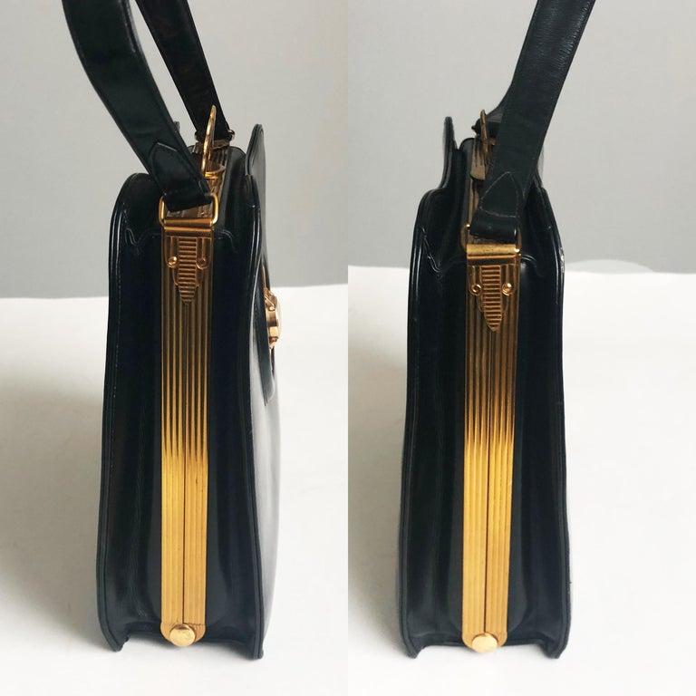 Women's Evans Black Calf Handbag with Clock & Mirror Compact Deco Style 50s Vintage For Sale