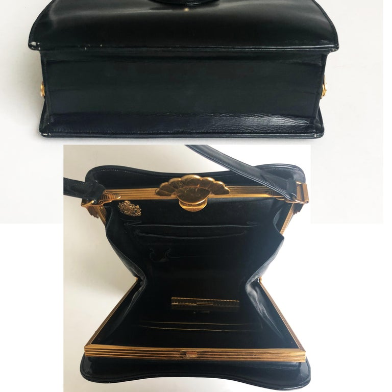 Evans Black Calf Handbag with Clock & Mirror Compact Deco Style 50s Vintage For Sale 3