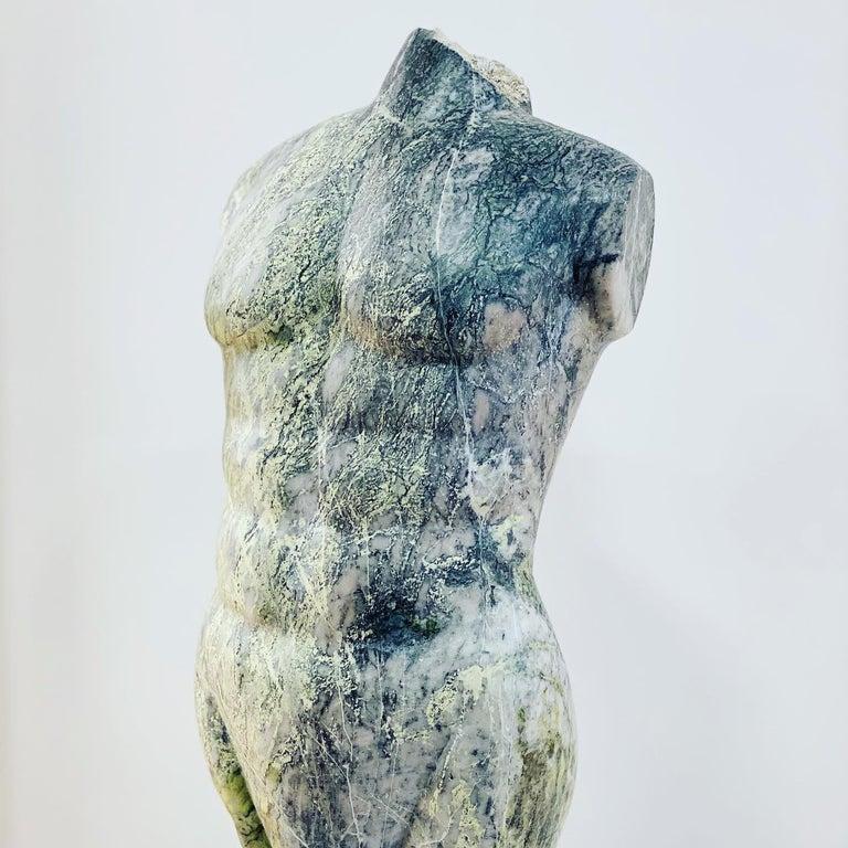 Leander - Sculpture by Evelyne Brader-Frank