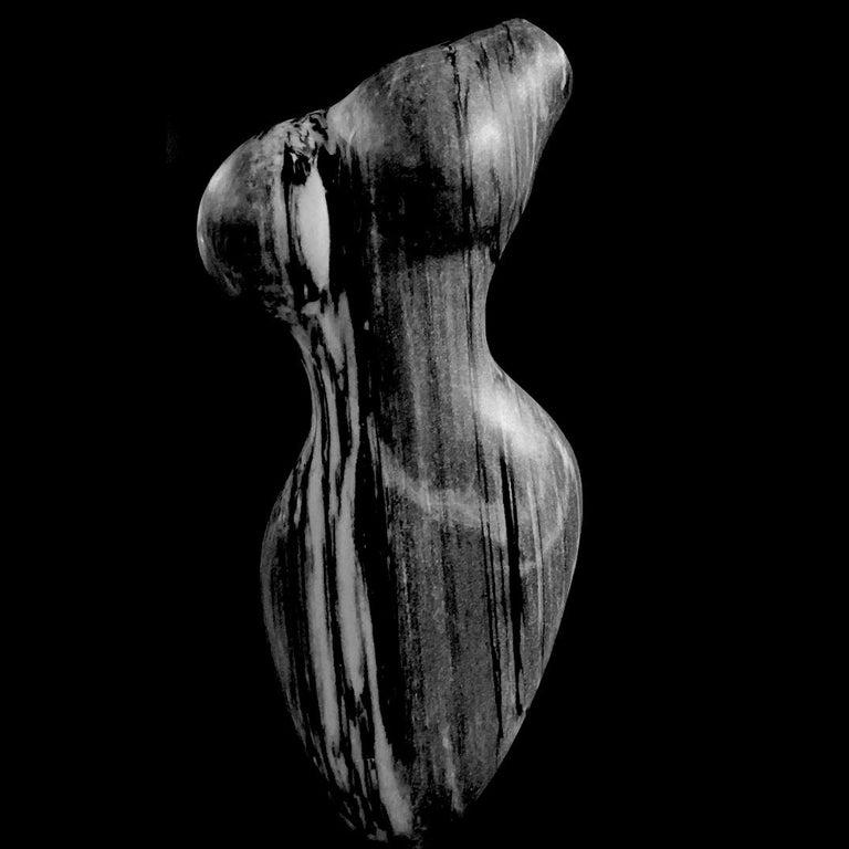 Evelyne Brader-Frank Figurative Sculpture - Maya