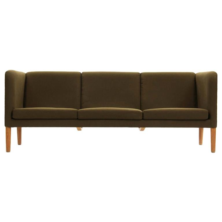 Even Arm Sofa by Hans Wegner for AP Stolen