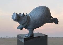 Dansende Hippo Klein Dancing Hippo Small Resin Sculpture Animal