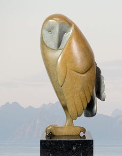 Opkijkende Uil no. 2 Owl Looking Up Bronze Sculpture Animal