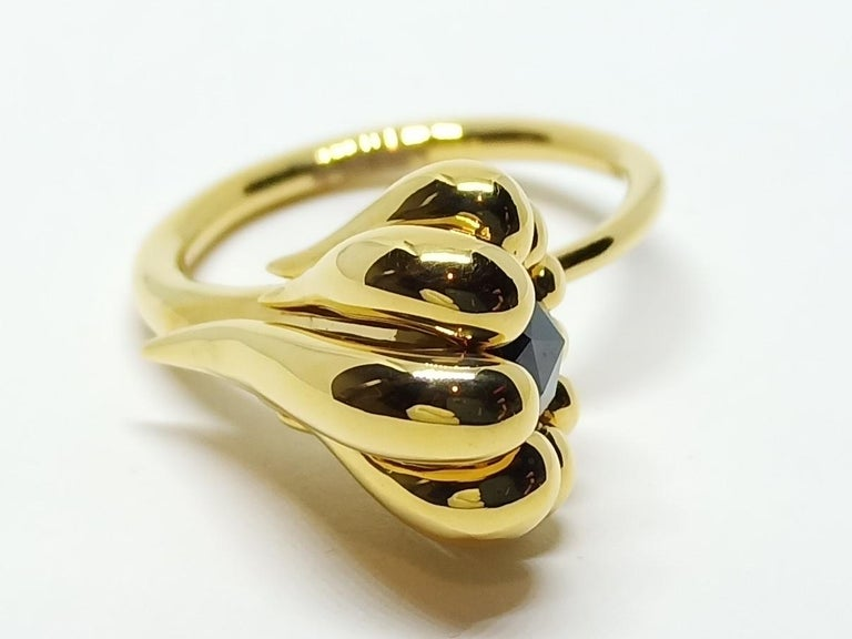 Women's Evoke Awe with Contemporary One of a Kind Black Diamond 18 Karat Gold Ring For Sale