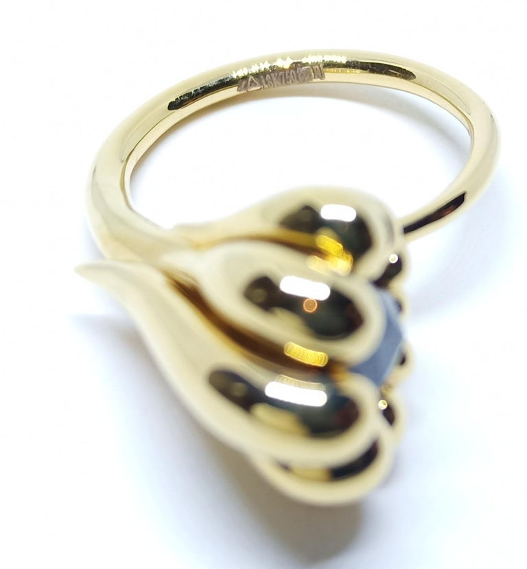 Evoke Awe with Contemporary One of a Kind Black Diamond 18 Karat Gold Ring For Sale 1
