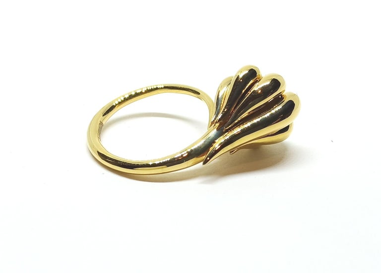Evoke Awe with Contemporary One of a Kind Black Diamond 18 Karat Gold Ring For Sale 2