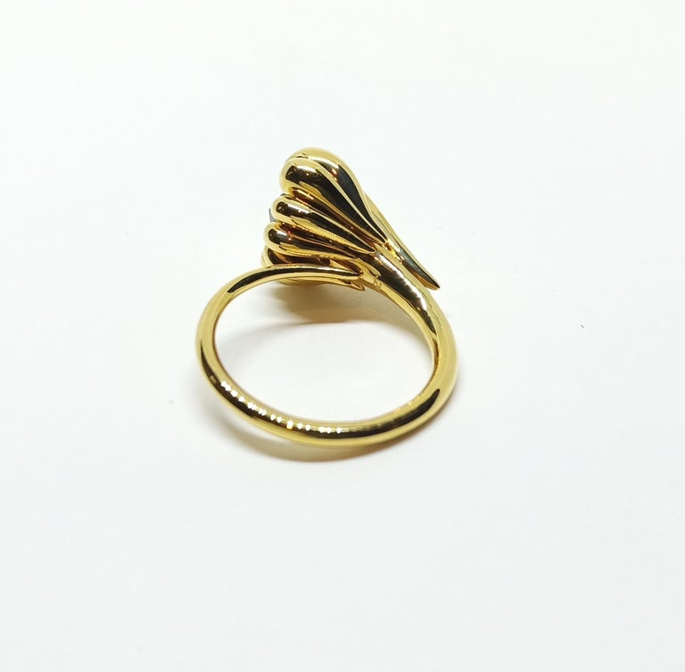 Evoke Awe with Contemporary One of a Kind Black Diamond 18 Karat Gold Ring For Sale 3