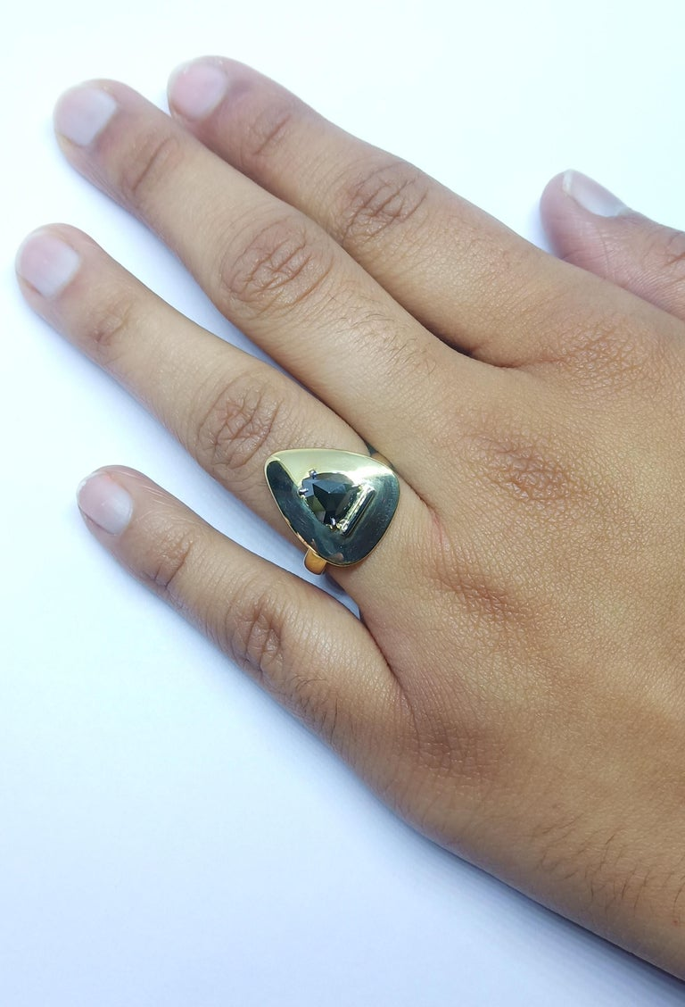 Evoke Awe with Contemporary One of a Kind Black Rosecut Diamond Green Gold Ring For Sale 2