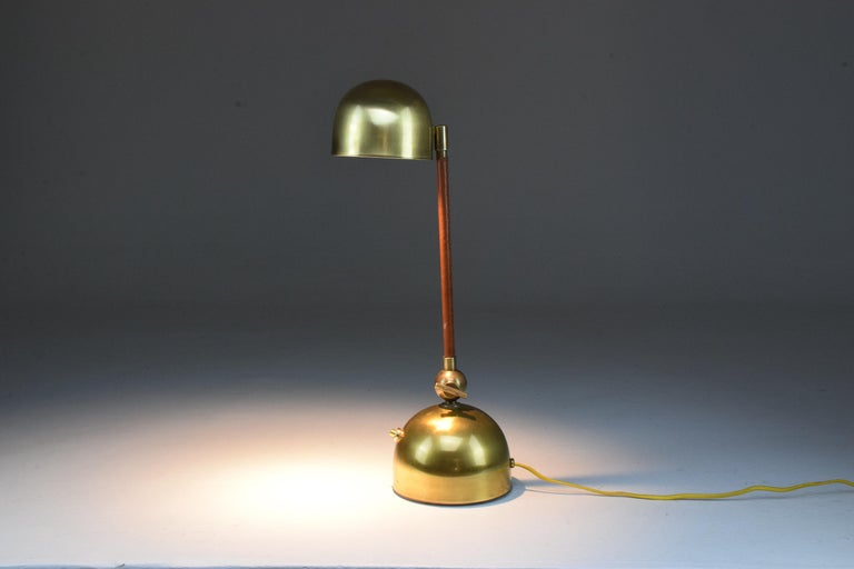 Modern Evolution Contemporary Brass Table Lamp, Flow Collection For Sale
