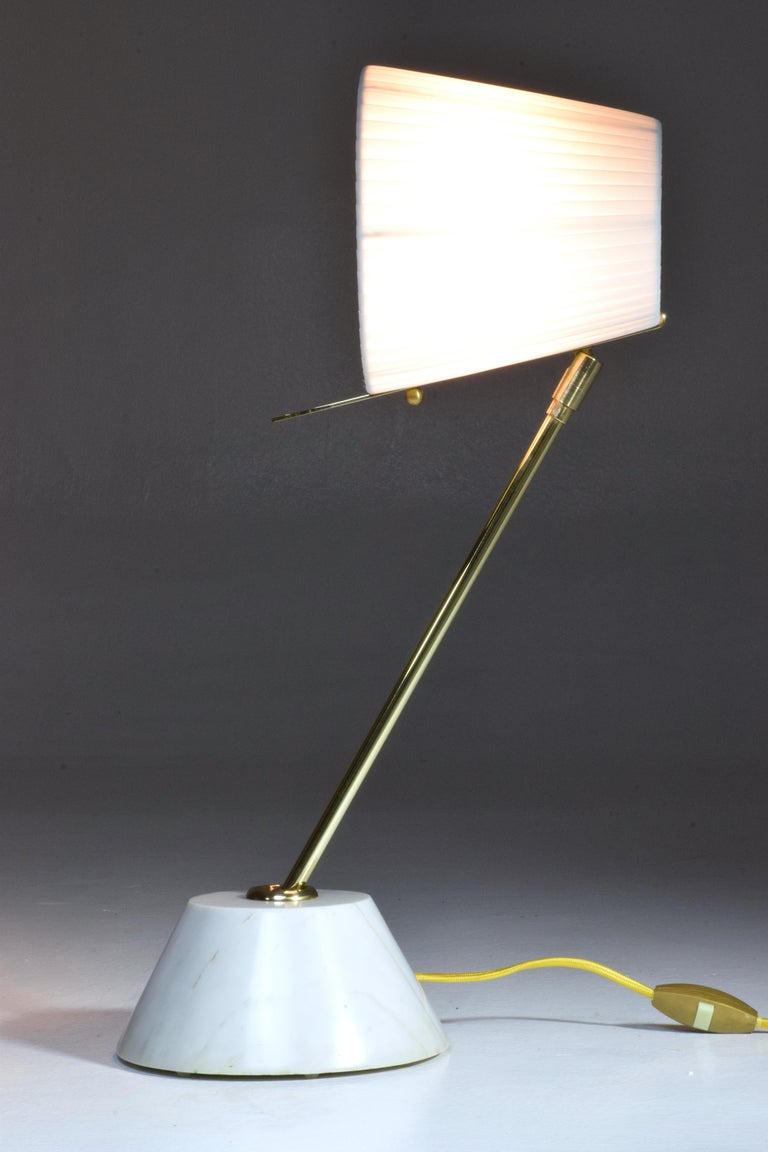 French Evolution-III Contemporary Brass Table Lamp, Flow Collection For Sale