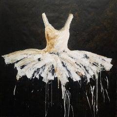 Volcano Dress, 2020 Acrylic on cloth 78.74 x 78.74 in. 200 x 200 cm
