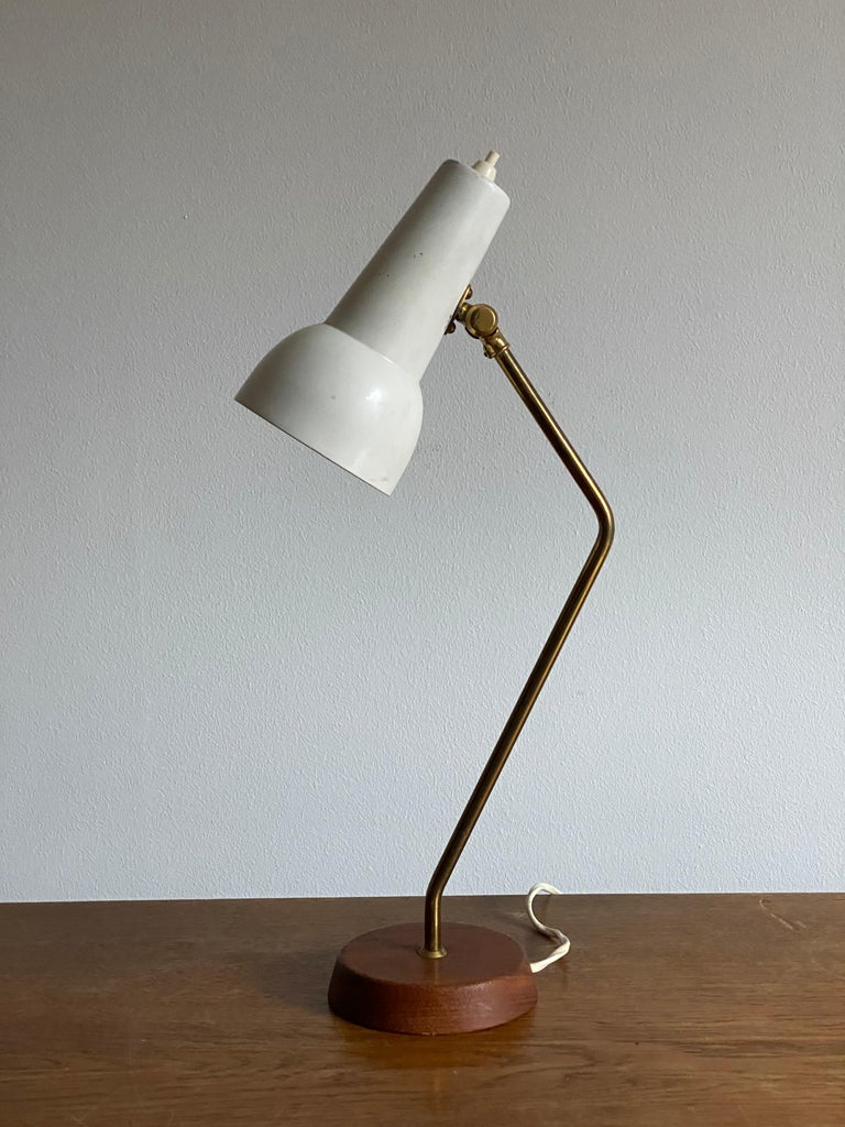 Mid-Century Modern Ewå Värnamo, Desk Light / Table Lamp, Teak, Brass, Lacquered Steel, Sweden 1960s For Sale