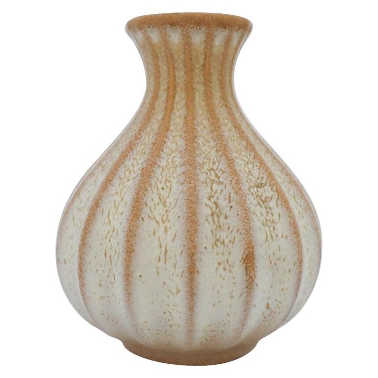 Ewald Dahlskog, Beige Vase, Bo Fajans, Sweden, 1930s For Sale