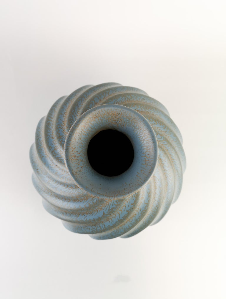 Glazed Ewald Dahlskog for Bo Fajans, Large Swedish Ceramic Vase Turkos For Sale