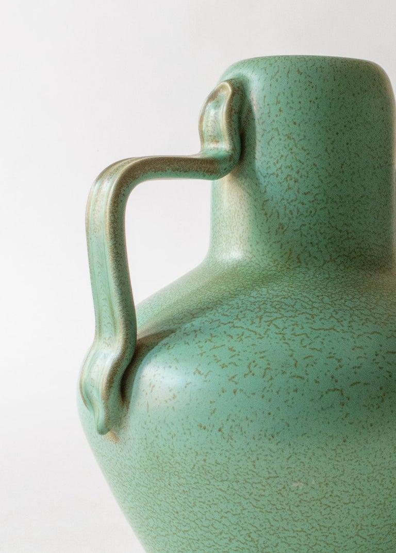 Ewald Dahlskog for Bo Fajans, Swedish Speckled Green Glaze Vase with Handles In Good Condition For Sale In Philadelphia, PA