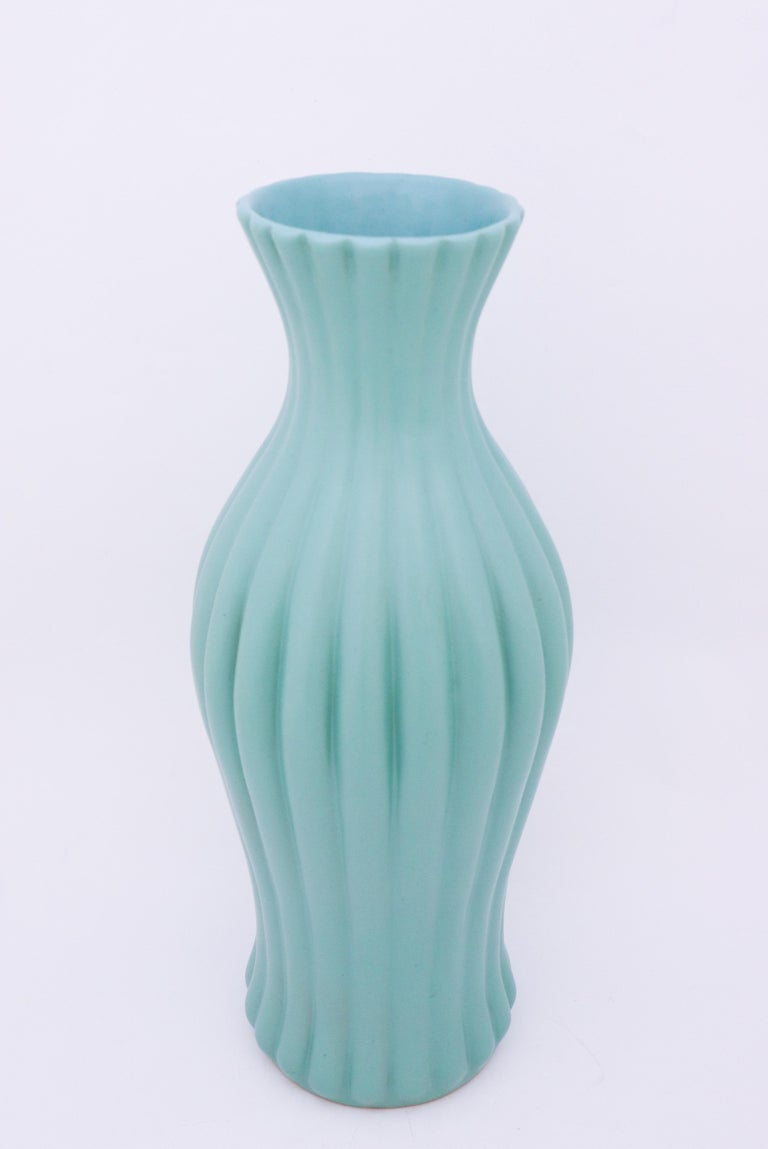 Scandinavian Modern Ewald Dahlskog, Large Turquoise Floor Vase, Bo Fajans, Sweden, 1930s For Sale