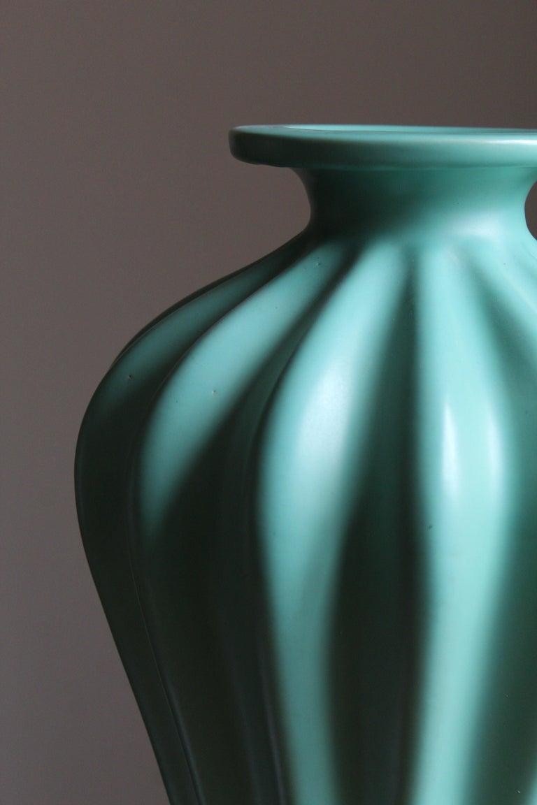 Swedish Ewald Dahlskog, Large Vase, Green-Glazed Stoneware, Bo Fajans, Sweden, 1930s For Sale